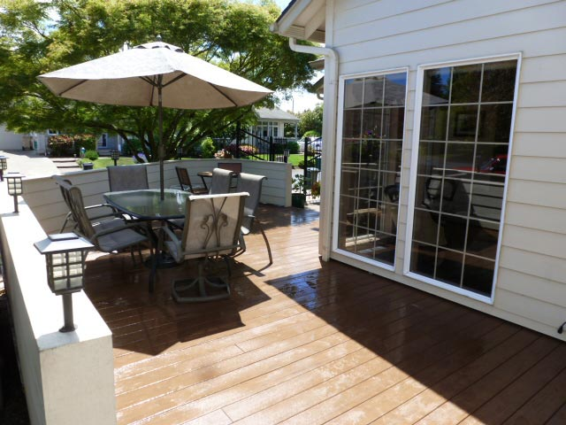 Durable and Stylish Composite Decks with McHenry Remodeling in Albany Oregon